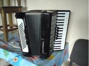 аккордеон Weltmeister Stella черного цвета